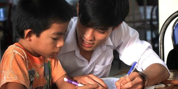 Kinh Nghiệm Tìm Gia Sư Sinh Viên Tại Nhà Giỏi Cho Con