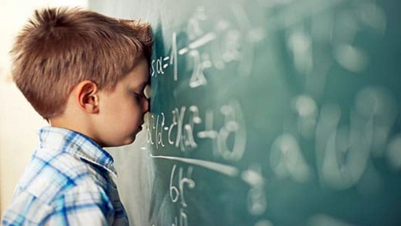 Nguyên nhân dẫn đến hội chứng trẻ khó học toán