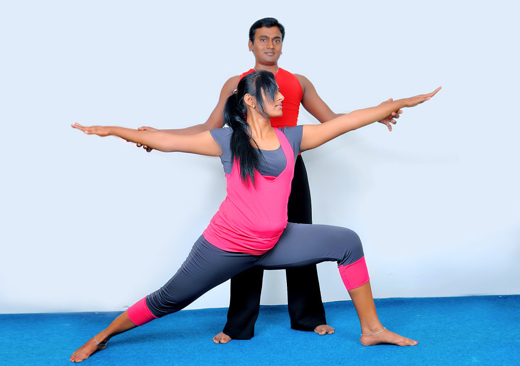 giao-vien-day-yoga-tai-nha