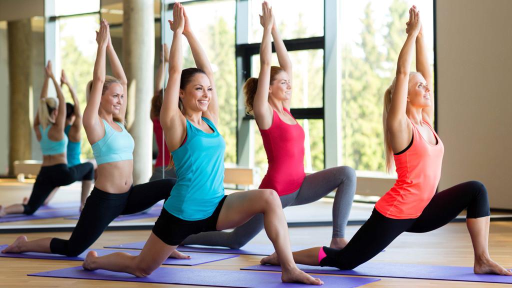 Lợi thế cửa hình thức giáo viên dạy yoga tại nhà