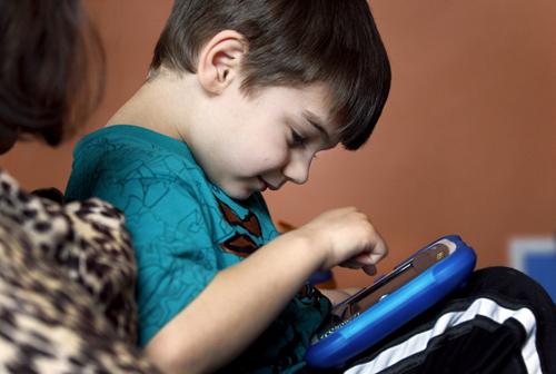 chứng tự kỷ ở trẻ em 4