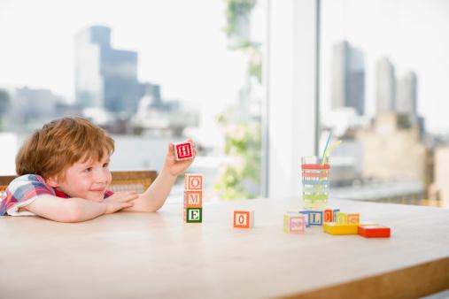 Cách dạy bé học chữ cái chuẩn nhất 2