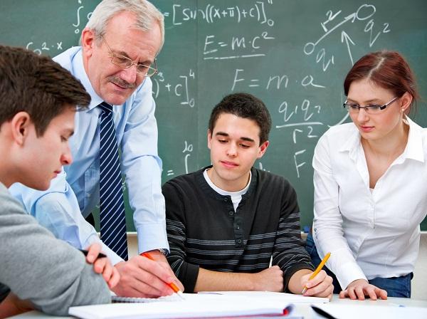 Đầu tư gia sư dạy kèm tại nhà cho con lúc nào là tốt nhất? 2