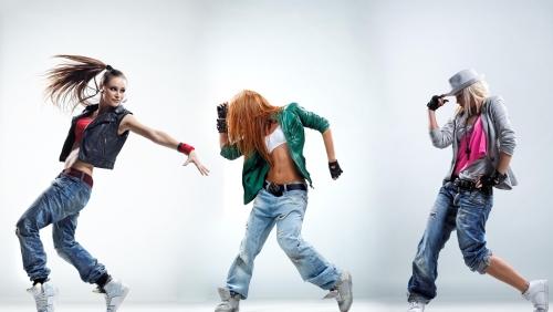 gia sư dạy nhảy 3