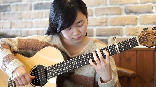 Gia sư dạy đàn ghitar giỏi tại Hà Nội