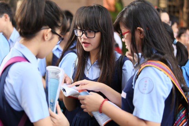 Lý do bạn nên lựa chọn gia sư dạy kèm lớp 10 của TT gia sư Hà Nội Giỏi