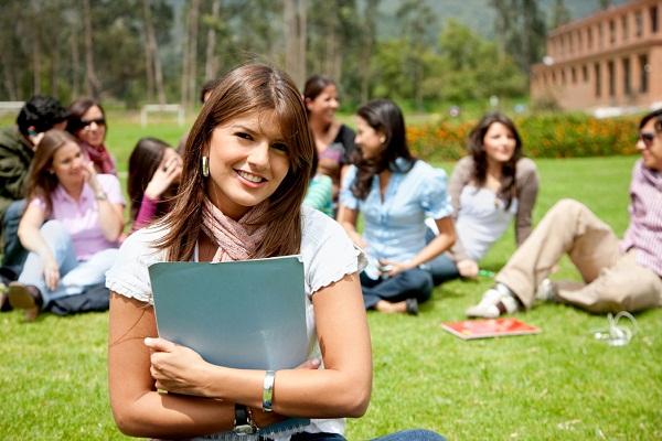 Lý do bố mẹ nên ưu tiên gia sư sinh viên cho con? 3