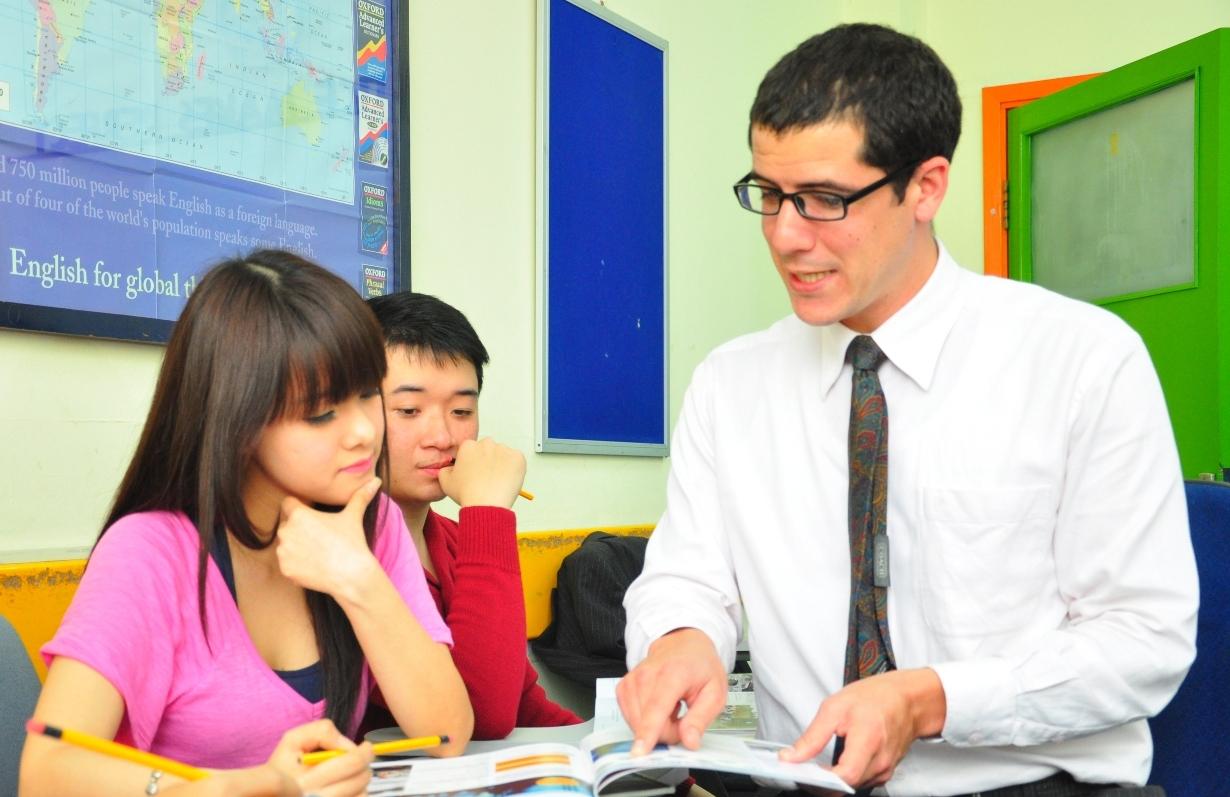 Tìm giáo viên tiếng anh bản ngữ ở đâu tốt nhất Hà Nội, TP HCM?